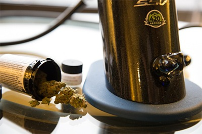 How to Rent-A-Vaporizer on your Colorado Weed Vacation