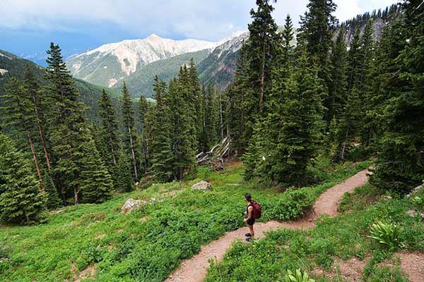weed and exercise hiking