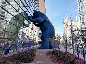 things to do in downtown denver - big blue bear