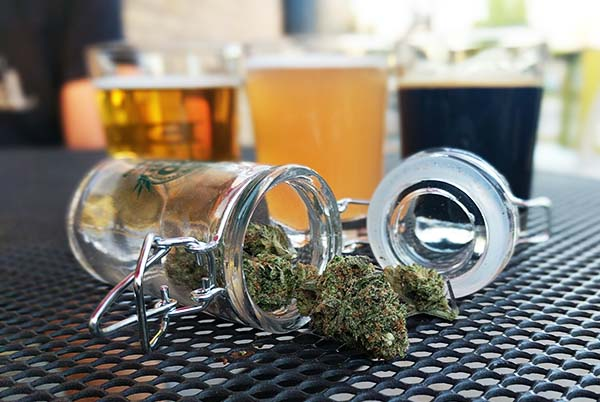 Denver pot tours - beer and weed