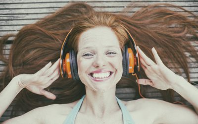 10 Good Podcasts to Listen To While High